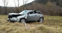 Una dona i quatre nens, ferits en bolcar un cotxe a Camprodon