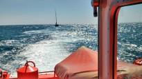 Salvament Marítim remolca a Tarragona un veler amb tres tripulants