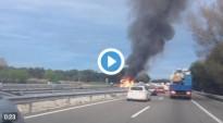 Vés a: Vídeo: Un camió s'incendia enmig de l'A-2 a l'altura de Collbató