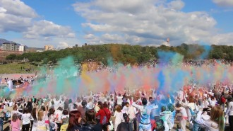 El Holi reuneix més de 7.000 persones a Sabadell