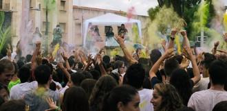 La festa de colors de l'Índia torna a Tarragona
