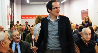 Francesc Vallès comunica des de Madrid que es reunirà amb CiU i CUP