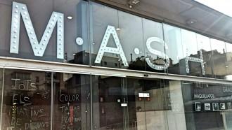 Aprèn imatge personal, perruqueria i maquillatge professional a MASH