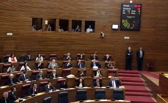 El PP aprova en solitari la Llei de Senyes d'Identitat Valencianes