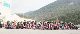 170 alumnes de cicle inicial del Solsonès participen en la diada de l'arbre
