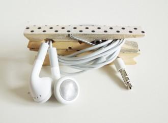 Els nusos en cables i auriculars: objectes i trucs per evitar-los