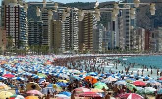 El turista espanyol somia més en Benidorm que en Barcelona