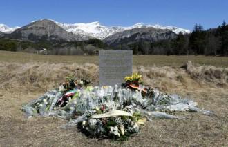 Plataforma per la Llengua demanarà que s'afegeixi el català al monòlit de record a les víctimes de Germanwings