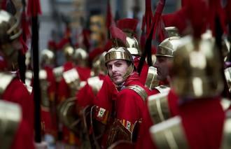 Una legió de 800 soldats romans envaeix Girona