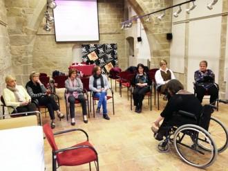 El Consell Comarcal posa en marxa un grup de suport per a cuidadors de persones dependents