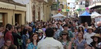 El nombrós públic consolida la  Fira Modernista de l'Arboç