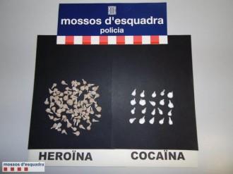A presó un home per portar al damunt 105 embolcalls de droga a punt per vendre a Lleida
