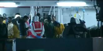 Vés a: Detinguts el capità i un membre del vaixell naufragat a Líbia per tràfic de persones