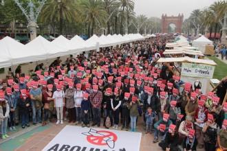 Vés a: Tres mil persones reclamen la fi de les armes nuclears a la Fira per la Terra