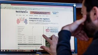 Voleu calcular com es repartiran els regidors del vostre municipi?