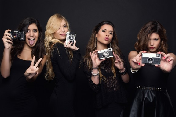 Les ex Macedònia s'han fet grans i han creat la 'girlband' Gel