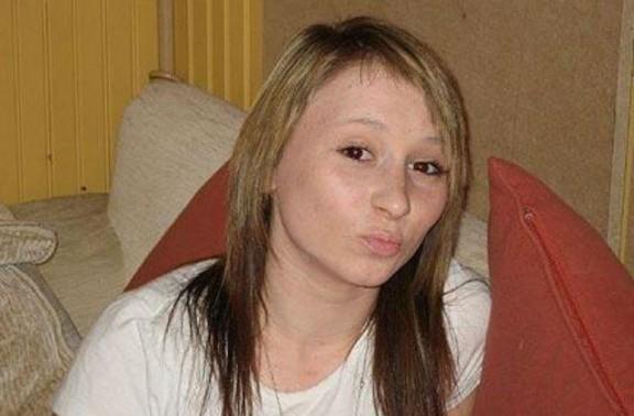 Una adolescent mor amb 17 anys per una sobredosi però abans escriu unes paraules [CARTA]
