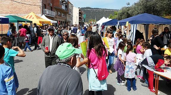 Concorreguda Fira de Sant Jordi a Castellbell