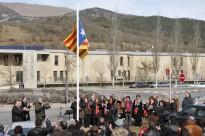 Societat Civil Catalana demana retirar 127 estelades de comarques gironines
