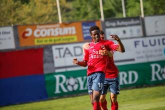 L'Olot guanya el Lleida 2 a 0 i s'acosta a la salvació