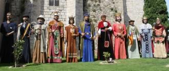 Els gegants Pere, de farra a Montblanc