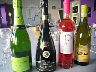Vés a: Com aprendre a tastar amb els millors vins de Catalunya?
