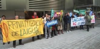 Vés a: Porten als tribunals l'AMB per privatitzar l'aigua i el sanejament