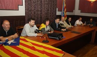 CiU i ERC desafien la Junta Electoral i acorden mantenir hissada l'estelada a Ripoll
