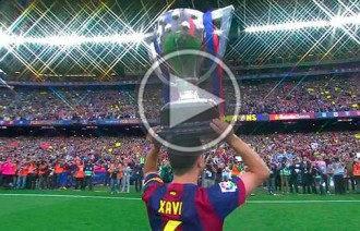 Vés a: Xavi aixeca l'última Lliga com a jugador del Barça
