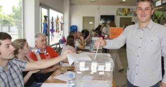 Els candidats a l'alcaldia de Calafell passen per les urnes
