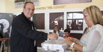 Olivella no descarta ni el pacte amb el PSC ni el pacte sobiranista