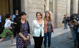 Colau exigeix a Mas «respecte pels resultats electorals»