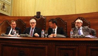 Josep Poblet es veu president de la Diputació tot i haver perdut la majoria