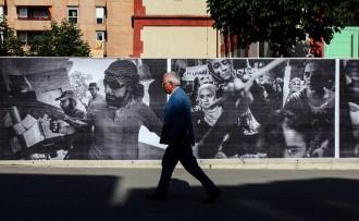 Vés a: Alguns dels millors fotoperiodistes del món guarneixen barris de Vic