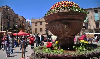 La vila de Prades es guarneix per celebrar la Festa de la Farigola