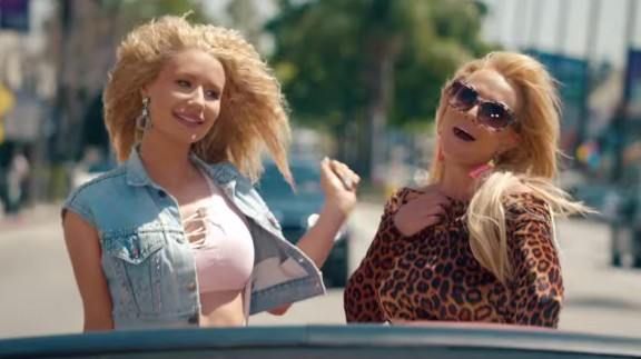 Britney Spears i Iggy Azalea publiquen el videoclip 'Pretty Girls'