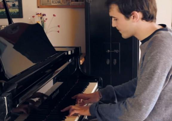 Un noi català de 20 anys ens presenta la seva primera cançó, t'agrada? [VÍDEO]
