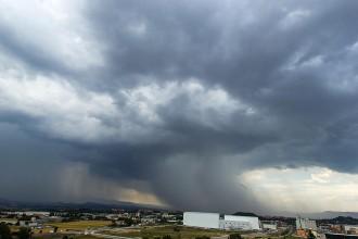 Alerta INUNCAT per un front de pluges intenses aquesta tarda al Gironès