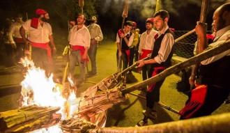 VÍDEOS Les falles, una tradició pirinenca que ja és Patrimoni de la Humanitat