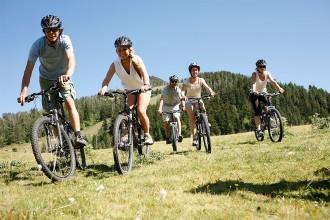 Infinitat d'activitats per descobrir Andorra de la millor manera