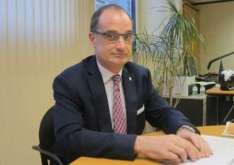 Vés a: El director d'Immigració titlla els CIE de «bastant inútils»