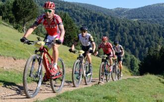 La Transpyr arriba a l'Alt Urgell en una etapa marcada per la mort diumenge d'un ciclista