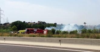 Incendi a Tarragona, a la vora de la N-240