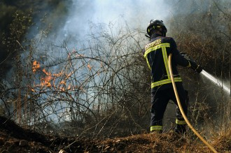 Protecció Civil eleva fins a 35 les comarques amb risc elevat d'incendis