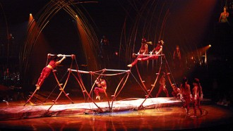 'Amaluna' del Cirque du Soleil triomfa en l'estrena a PortAventura