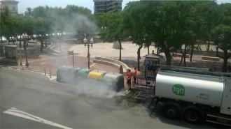 Cremen dues vegades els contenidors de la plaça dels Carros de Tarragona