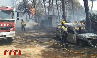 Vés a: Estabilitzat l'incendi forestal en una urbanització de Cardedeu