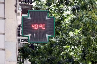 Vés a: L'onada de calor dispara els termòmetres per sobre dels 40ºC