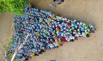 Uns 300 ebrencs enceten la campanya «On tot comença»