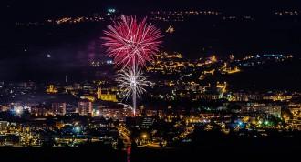 L'espectacular castell de focs clou una lluïda festa major de Vic